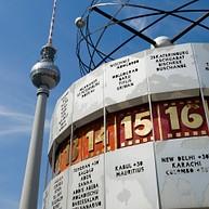 Alexanderplatz und Fernsehturm (Alexanderplatz and Television Tower)