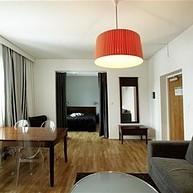 Hotell Aston