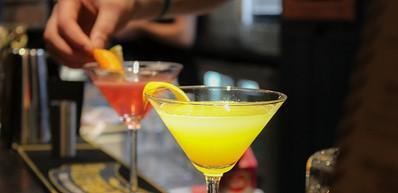 Suas Bar