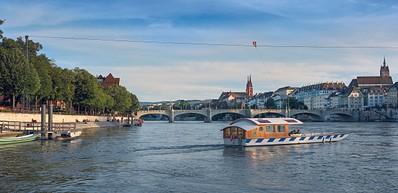 №5 Река с передвижными мостами.