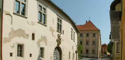 The oldest residential building – the Zsolnay Museum