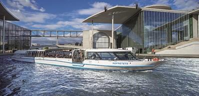 Paseos en barco en primavera