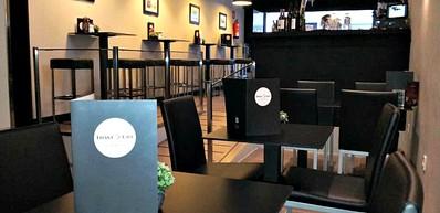 Triana Café Gallery