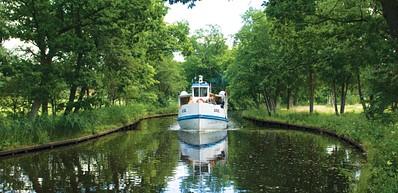 Archipelago boat in Nättrabyån (river)
