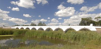 Die Brücke mit den 9 Löchern