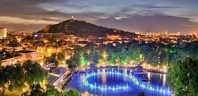Der Garten Tsar Simeon und der See mit den singenden Springbrunnen
