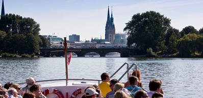 Boat Trips around the Harbor and Speicherstadt