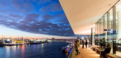 Elbphilharmonie Plaza - Experience the city from 37 metres above the ground
