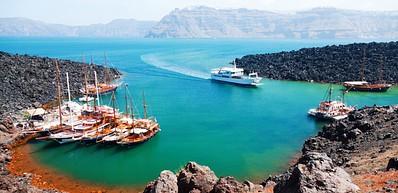 Nea Khameni - Boat trip