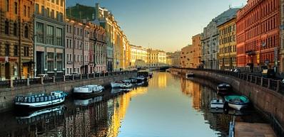 Круизы по рекам и каналам города