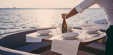 Sunset Cruise & Dine