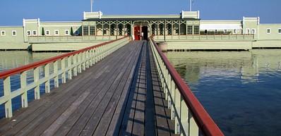 Kallbadhuset och Ribersborgsstranden