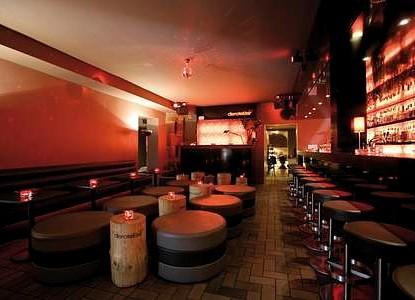 Die Rote Bar Nuremberg Arrivalguides Com