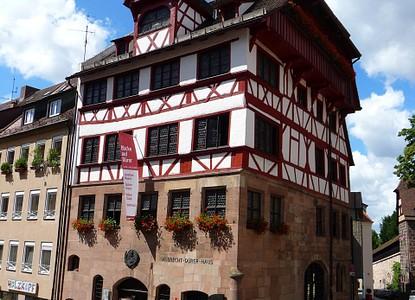 Albrecht-Dürer-Haus - Nürnberg - Arrivalguides.com