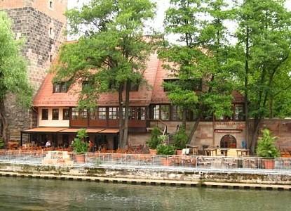 Cafe Bar Celona Finca Nuremberg Arrivalguides Com