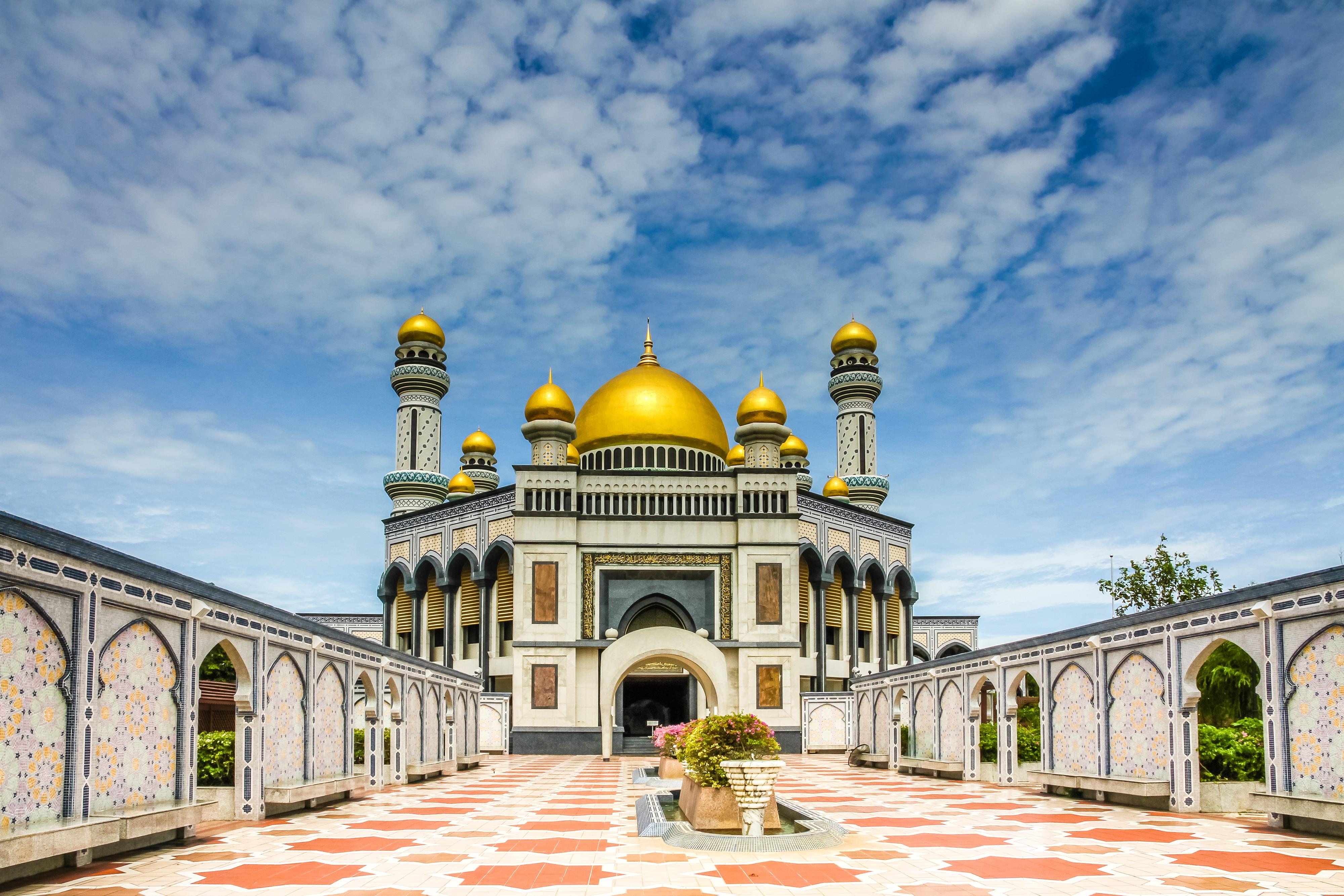 Jame Asr Hassanil Bolkiah Mosque - Bandar Seri Begawan ...