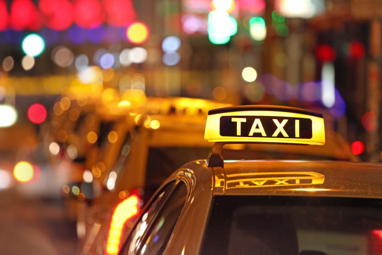 фото ночного такси оттенки фотографий как